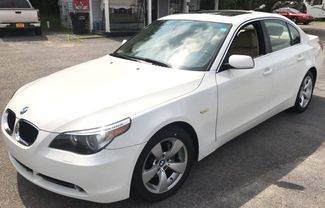 2005 Bmw-Showroom Condition! 5-Series-BUY HERE PAY HERE! 525i-CARMARTSOUTH.COM Knoxville, Tennessee 2