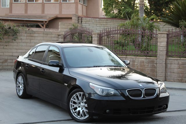 2005 BMW 545i SPORTS PKG XENON NEW CLUTCH SERVICE RECORDS AVAILABLE in Van Nuys, CA 91406