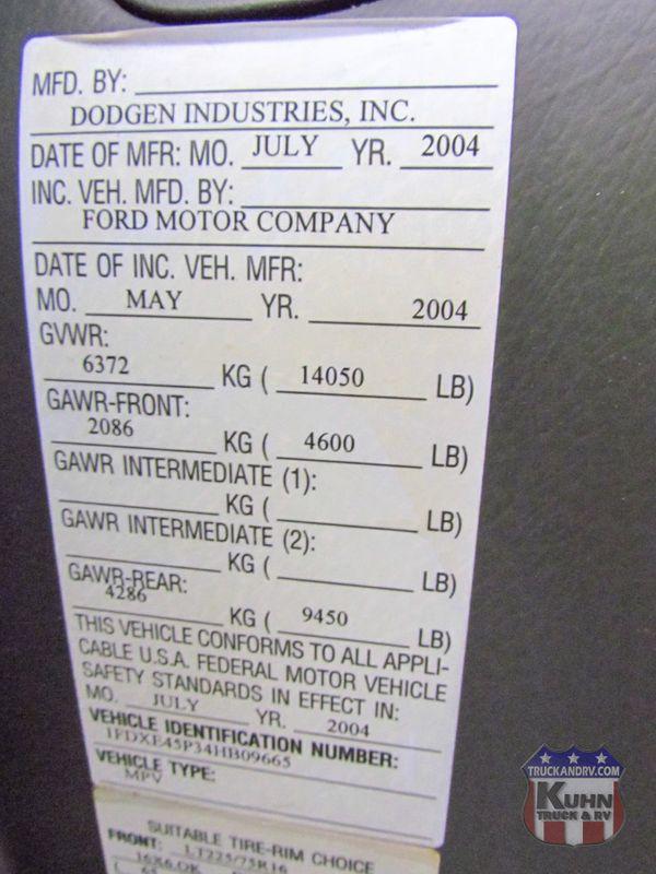 2005 Born Free 26RSB   in Sherwood, Ohio