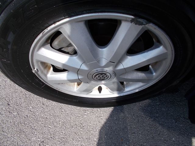 2005 Buick LaCrosse CX Shelbyville, TN 15