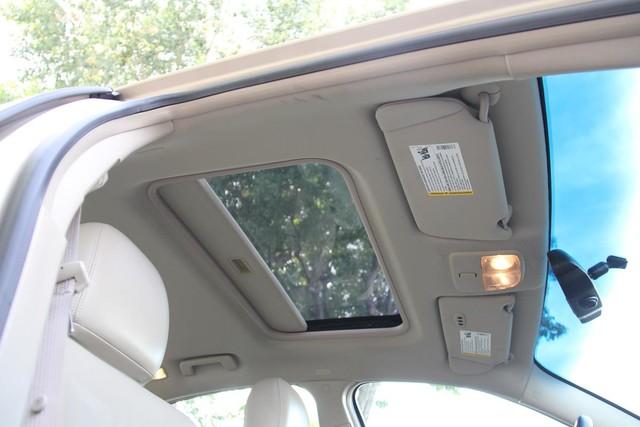 2005 Buick LaCrosse CXS Santa Clarita, CA 28