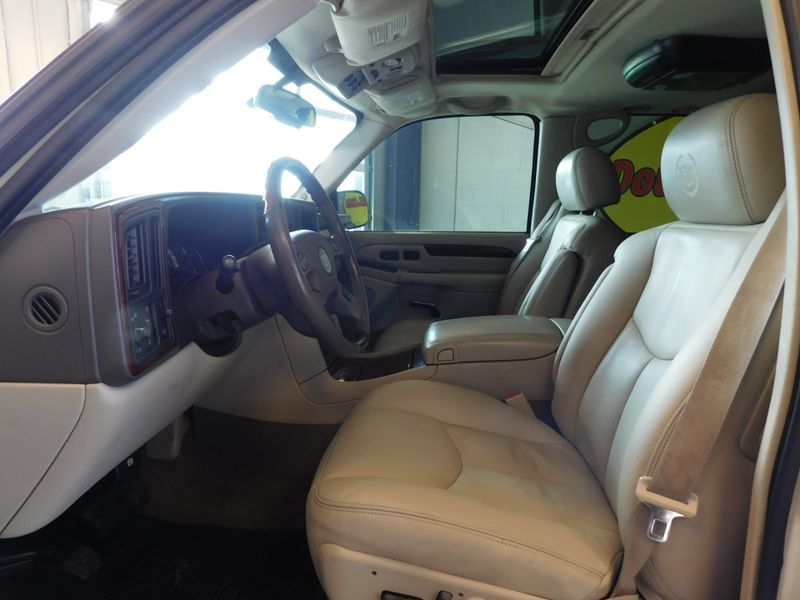 2005 Cadillac Escalade LUXURY  city TN  Doug Justus Auto Center Inc  in Airport Motor Mile ( Metro Knoxville ), TN