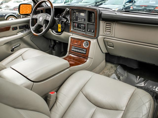 2005 Cadillac Escalade LUXURY Burbank, CA 11