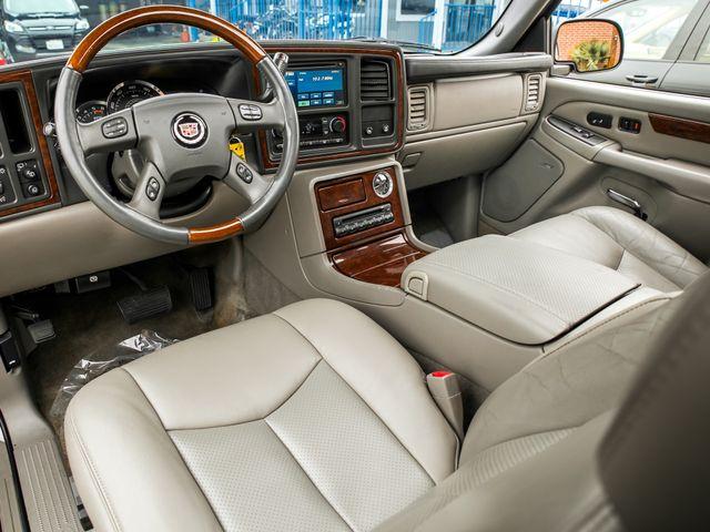 2005 Cadillac Escalade LUXURY Burbank, CA 9