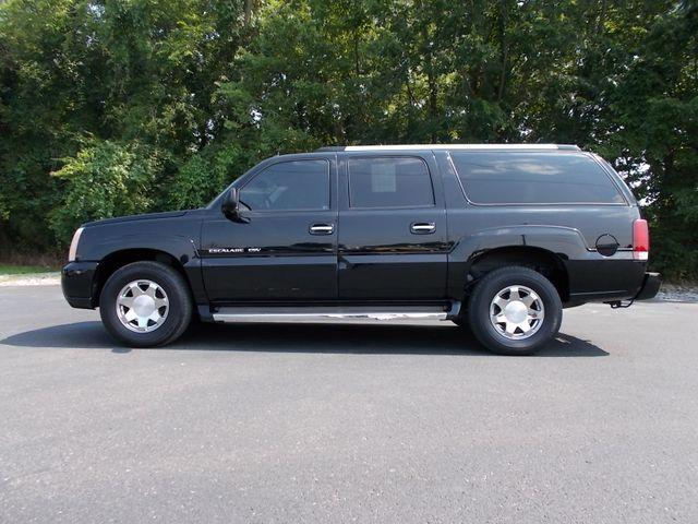 2005 Cadillac Escalade ESV Shelbyville, TN 1