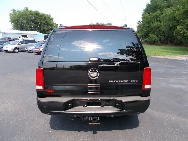 2005 Cadillac Escalade ESV Shelbyville, TN 13