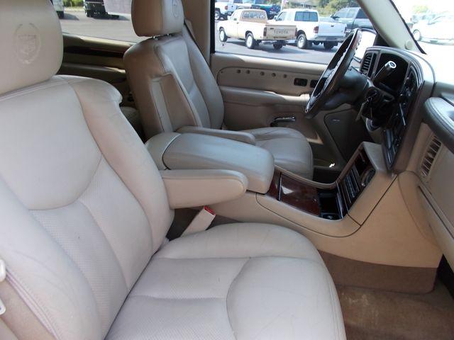 2005 Cadillac Escalade ESV Shelbyville, TN 19