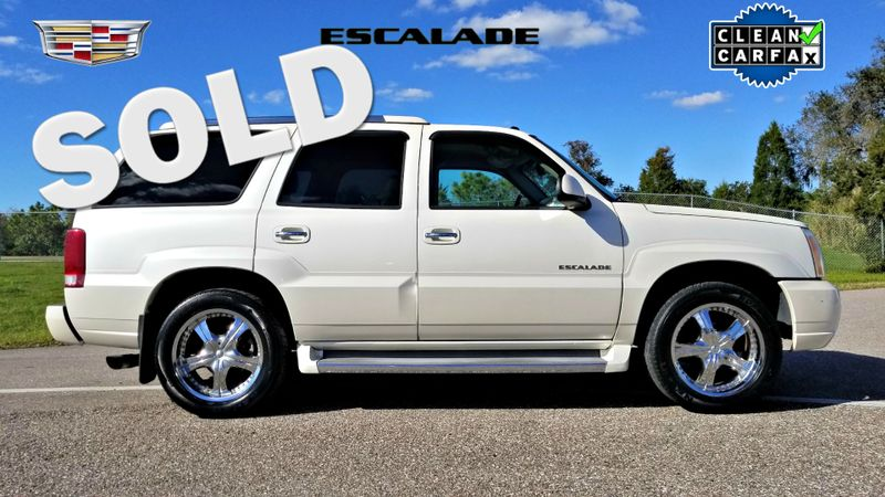 2005 Cadillac Escalade LUXURY CLEAN CARFAX PEARL WHITE | Palmetto, FL | EA Motorsports in Palmetto FL