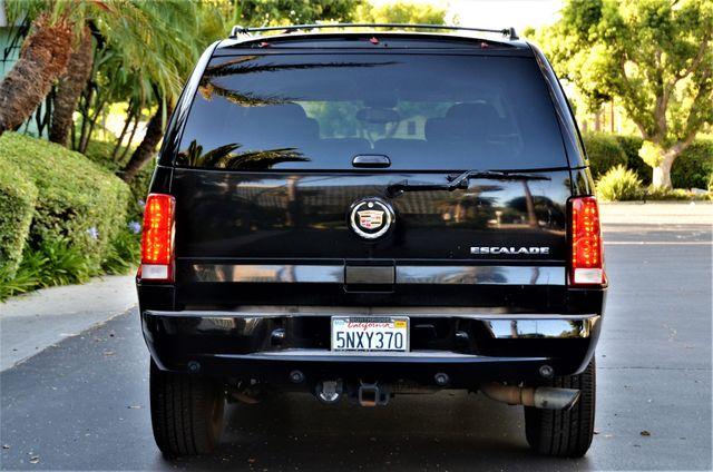2005 Cadillac Escalade in Reseda, CA, CA 91335