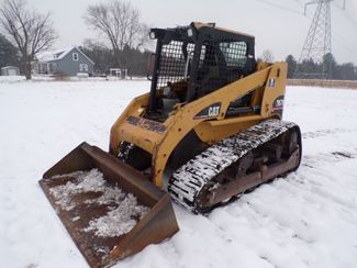 2005 Cat Skid Steer Ravenna, MI 1