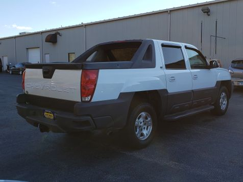 2005 Chevrolet Avalanche Z66 | Champaign, Illinois | The Auto Mall of Champaign in Champaign, Illinois