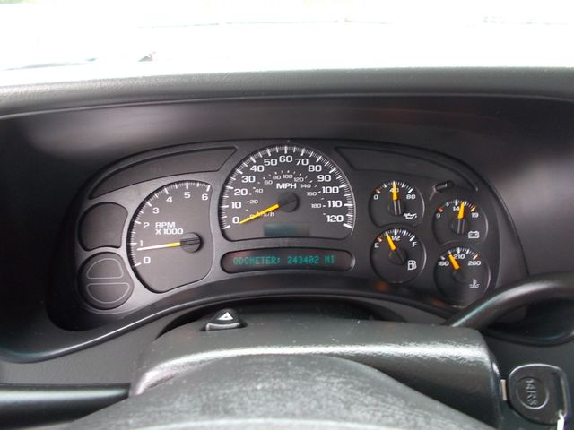 2005 Chevrolet Avalanche LS Shelbyville, TN 30