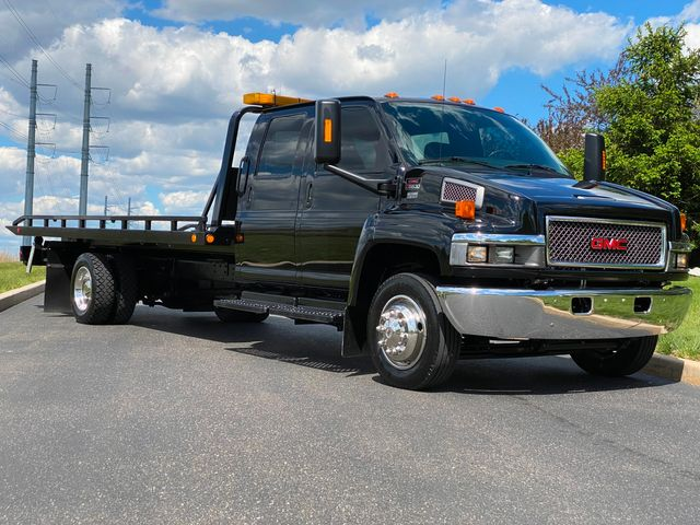 2005 Chevrolet C5500 Crew CAB DURAMAX DIESEL ROLLBACK PRE-DEF ONLY 39K MILE MINT in Woodbury, New Jersey 08093