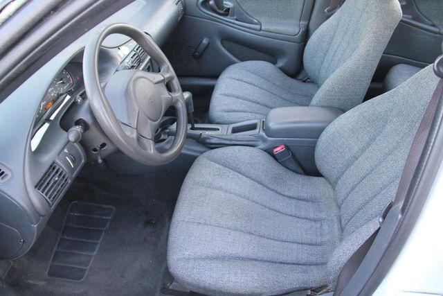 2005 Chevrolet Cavalier Base Santa Clarita, CA 13