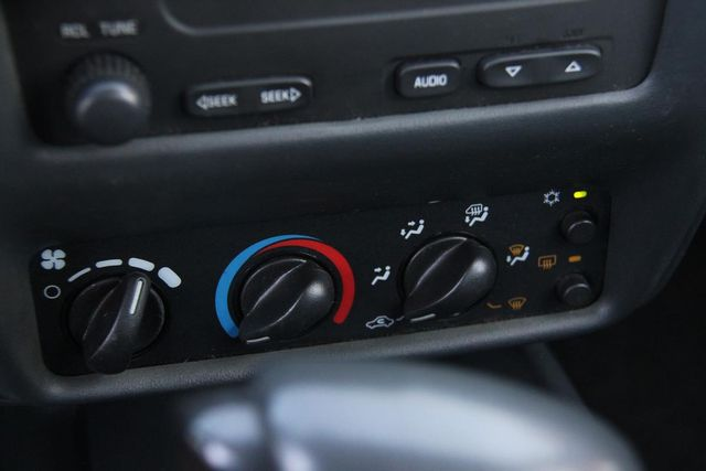 2005 Chevrolet Cavalier Base Santa Clarita, CA 19