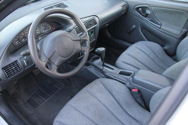 2005 Chevrolet Cavalier Base Santa Clarita, CA 8