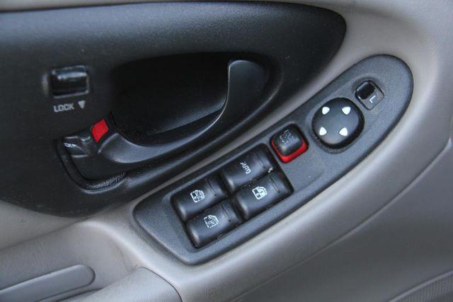 2005 Chevrolet Classic Santa Clarita, CA 21