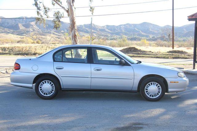 2005 Chevrolet Classic Santa Clarita, CA 12
