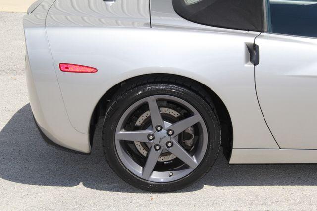 2005 Chevrolet Corvette Convertible Jacksonville , FL 13