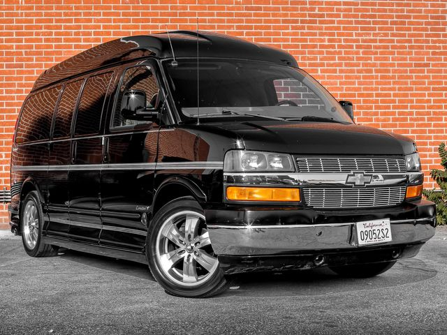 2005 Chevrolet Express  EXPLORER LIMITED SE Burbank, CA 3