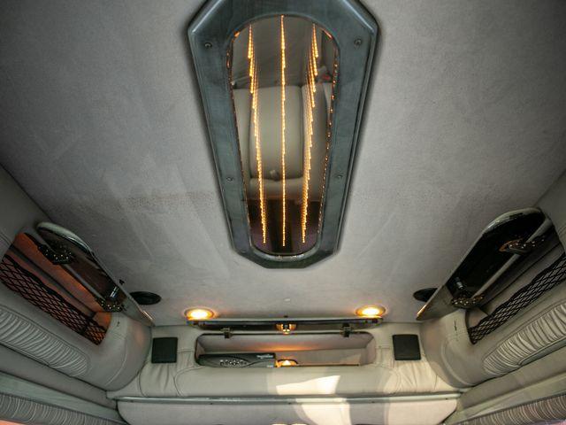 2005 Chevrolet Express  EXPLORER LIMITED SE Burbank, CA 34