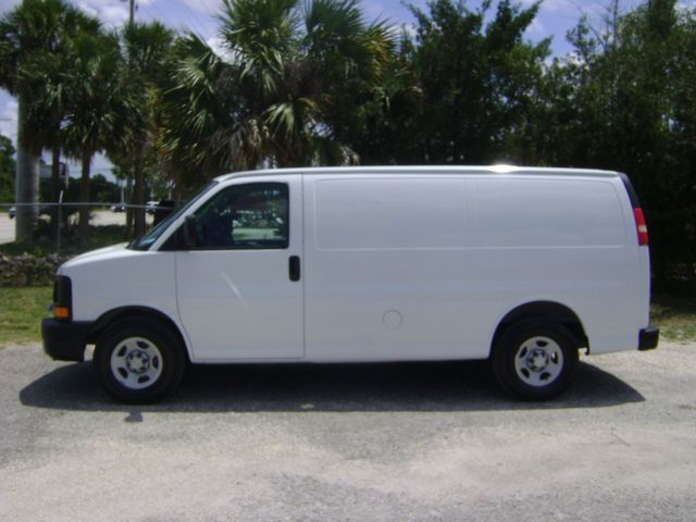 2005 Chevrolet Express Cargo Van in Fort Pierce, FL 34982