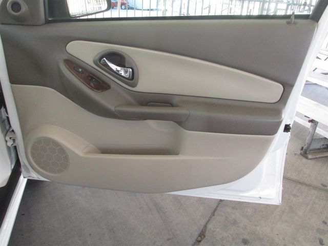 2005 Chevrolet Malibu Maxx LT Gardena, California 13