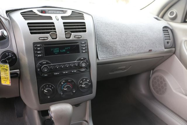 2005 Chevrolet Malibu Maxx LS Santa Clarita, CA 17