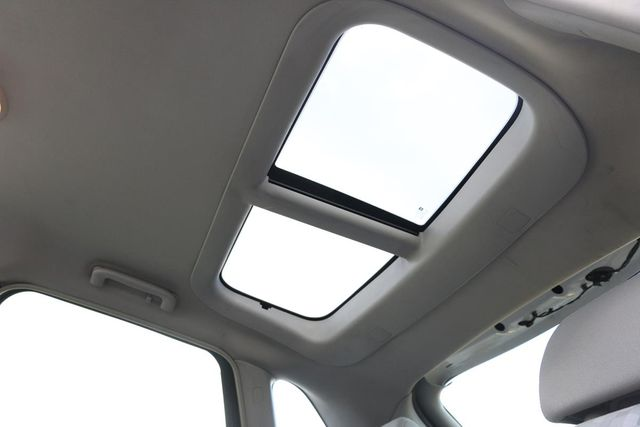 2005 Chevrolet Malibu Maxx LS Santa Clarita, CA 30