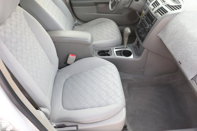 2005 Chevrolet Malibu Maxx LS Santa Clarita, CA 14