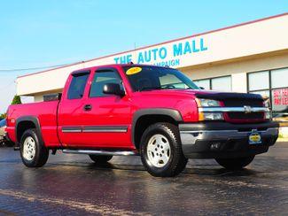 2005 Chevrolet Silverado 1500 Z71 | Champaign, Illinois | The Auto Mall of Champaign in Champaign Illinois