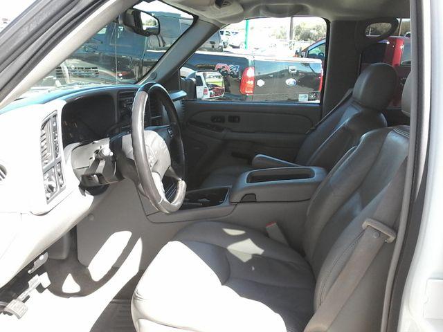 2005 Chevrolet Silverado 2500HD LT DURAMAX 4X4 Boerne, Texas 12