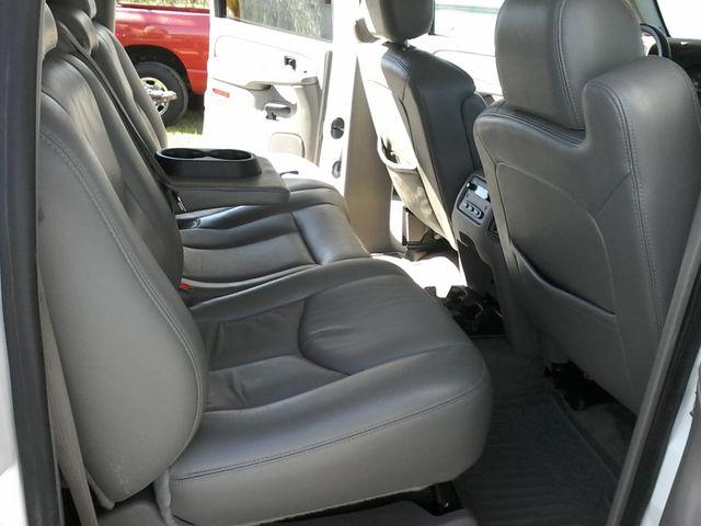 2005 Chevrolet Silverado 2500HD LT DURAMAX 4X4 Boerne, Texas 16