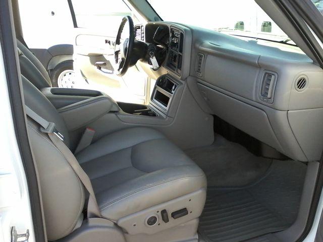 2005 Chevrolet Silverado 2500HD LT DURAMAX 4X4 Boerne, Texas 17