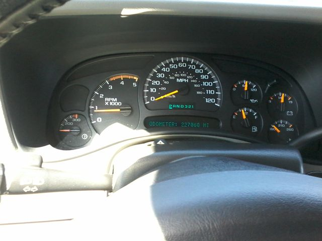2005 Chevrolet Silverado 2500HD LT DURAMAX 4X4 Boerne, Texas 24