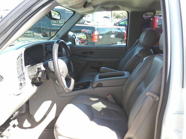 2005 Chevrolet Silverado 2500HD LT DURAMAX 4X4 Boerne, Texas 11
