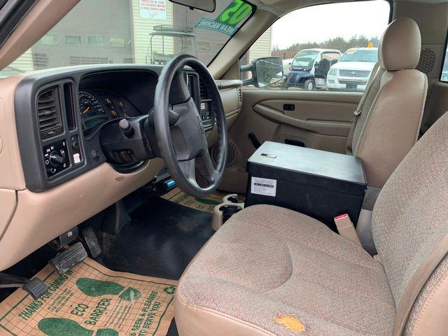 2005 Chevrolet Silverado 2500HD Work Truck Hoosick Falls, New York 4