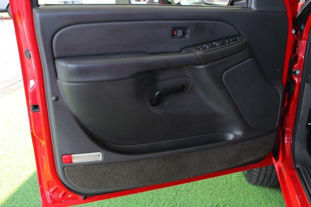 2005 Chevrolet Silverado 2500HD LS Crew Cab 4x4 - LEATHER - DURAMAX - ALLISON! Mooresville , NC 35