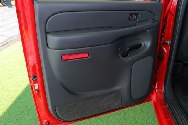 2005 Chevrolet Silverado 2500HD LS Crew Cab 4x4 - LEATHER - DURAMAX - ALLISON! Mooresville , NC 37