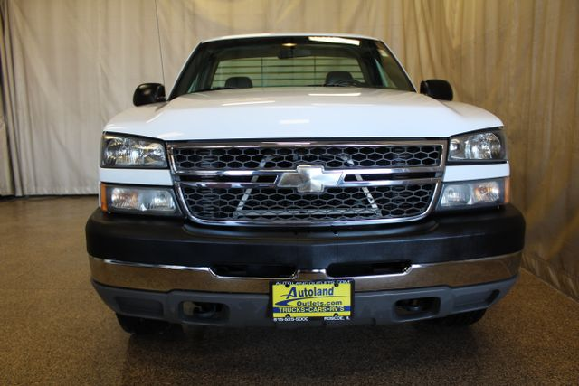 2005 Chevrolet Silverado 2500HD Work Truck in IL, 61073