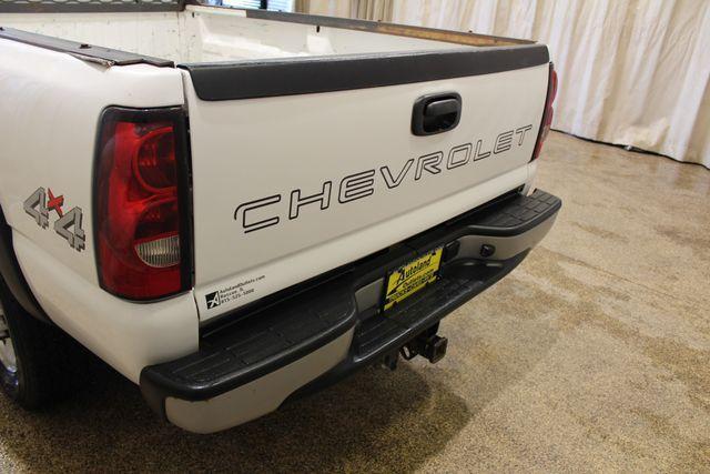 2005 Chevrolet Silverado 2500HD 8.1L Long Bed in Roscoe, IL 61073