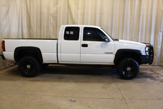 2005 Chevrolet Silverado 2500HD Work Truck in Roscoe, IL 61073