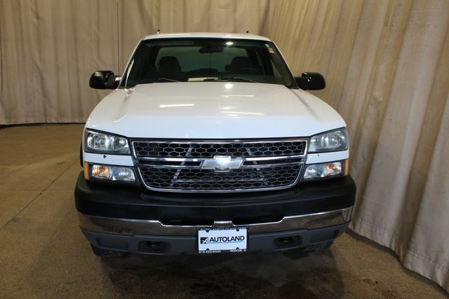 2005 Chevrolet Silverado 2500HD 8.1L big block Work Truck in Roscoe, IL 61073