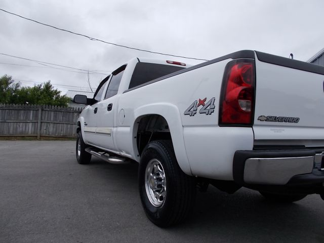 2005 Chevrolet Silverado 2500HD LT Shelbyville, TN 3