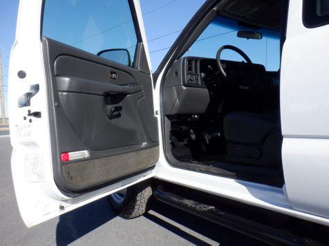 2005 Chevrolet Silverado 3500 Extended Cab Dually 4x4 Diesel in Ephrata, PA