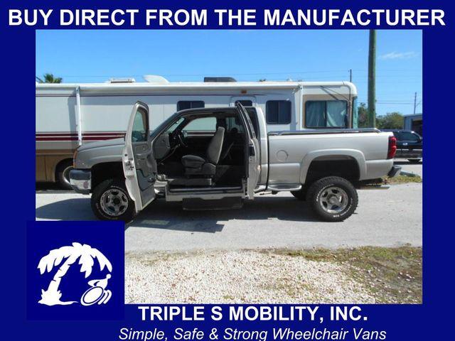 2005 Chevrolet Silverado Wheelchair Pickup Truck Pinellas Park, Florida
