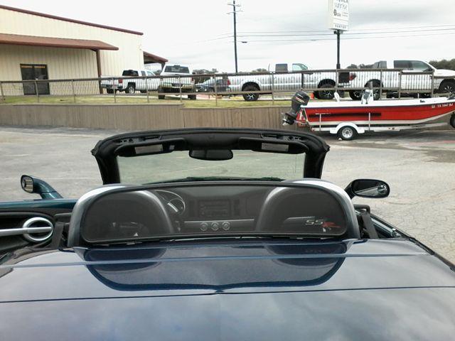 2005 Chevrolet SSR LS2 Boerne, Texas 13