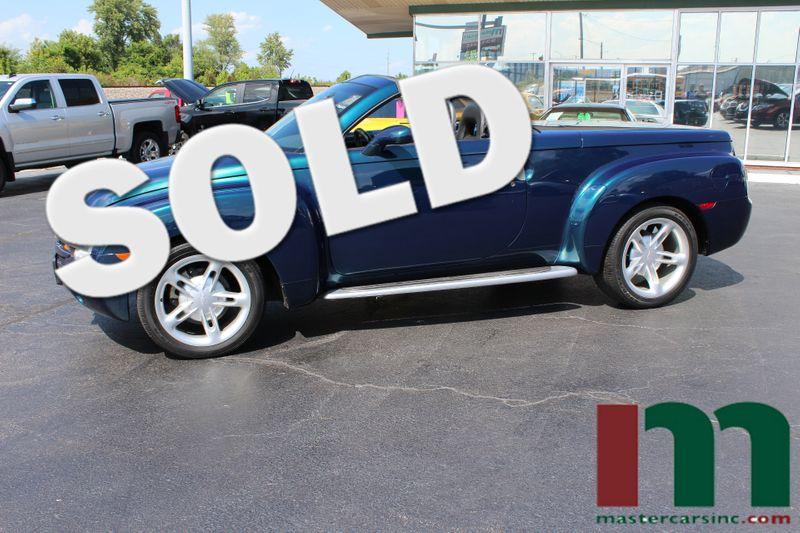 2005 Chevrolet SSR 6 SPEED MANUAL | Granite City, Illinois | MasterCars Company Inc. in Granite City Illinois