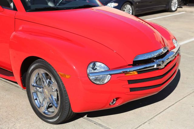 2005 Chevrolet SSR LS Houston, Texas 3