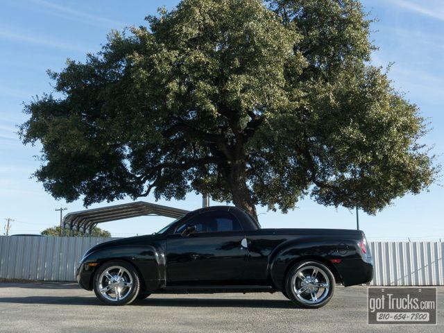 2005 Chevrolet SSR LS 6.0L V8 RWD